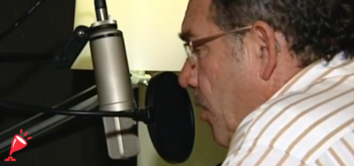 Warme en bekende voice-over stem